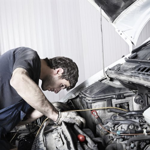 Technicians at Superior Transmission can easily fix a jammed clutch